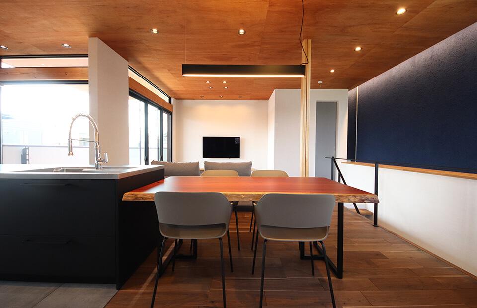 快適なデザイン住宅を現実的な価格で手に入れる